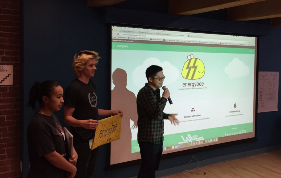 The team behind grand-prize-winning Energy Bee pitching their idea at the 2016 Boston Cleanweb Hackathon